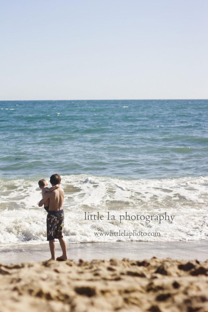 kids on beach pics la