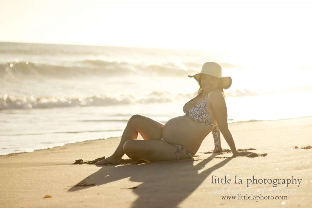 santa monica maternity pictures on the beach