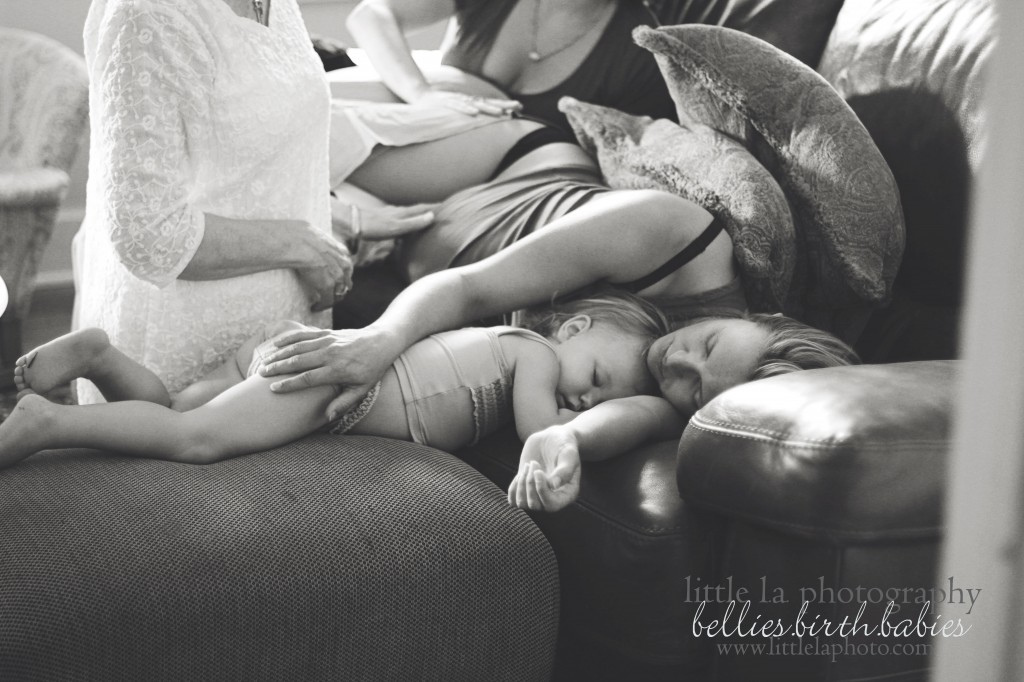 children at home births los angeles photography