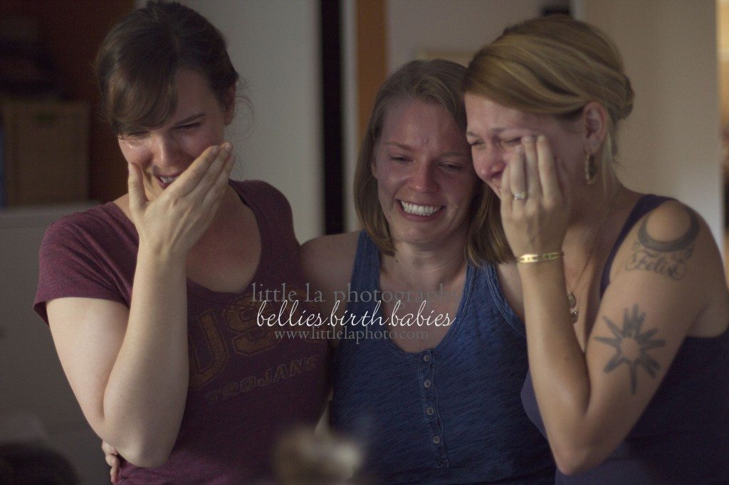 sister and friend reaction to birth