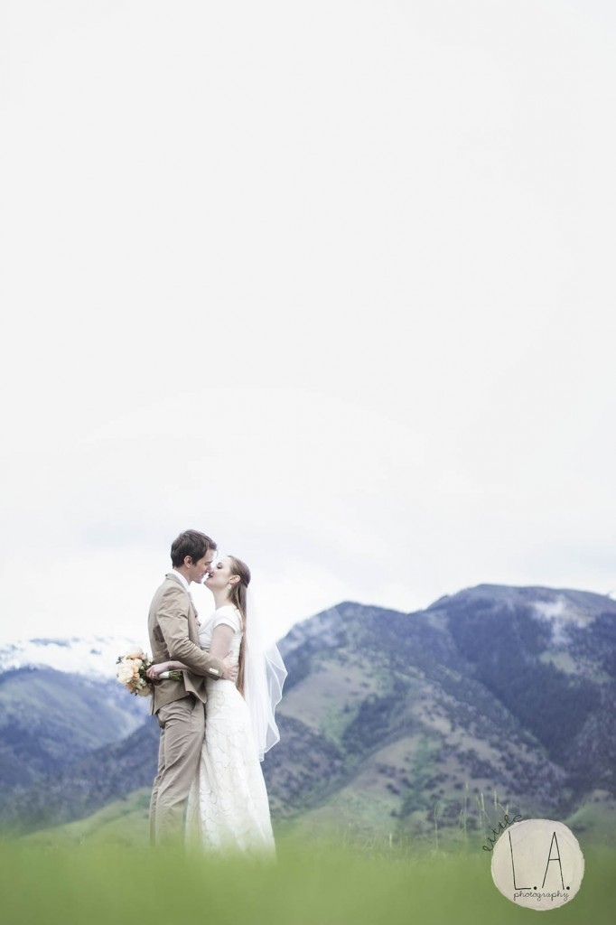 logan temple utah wedding photography