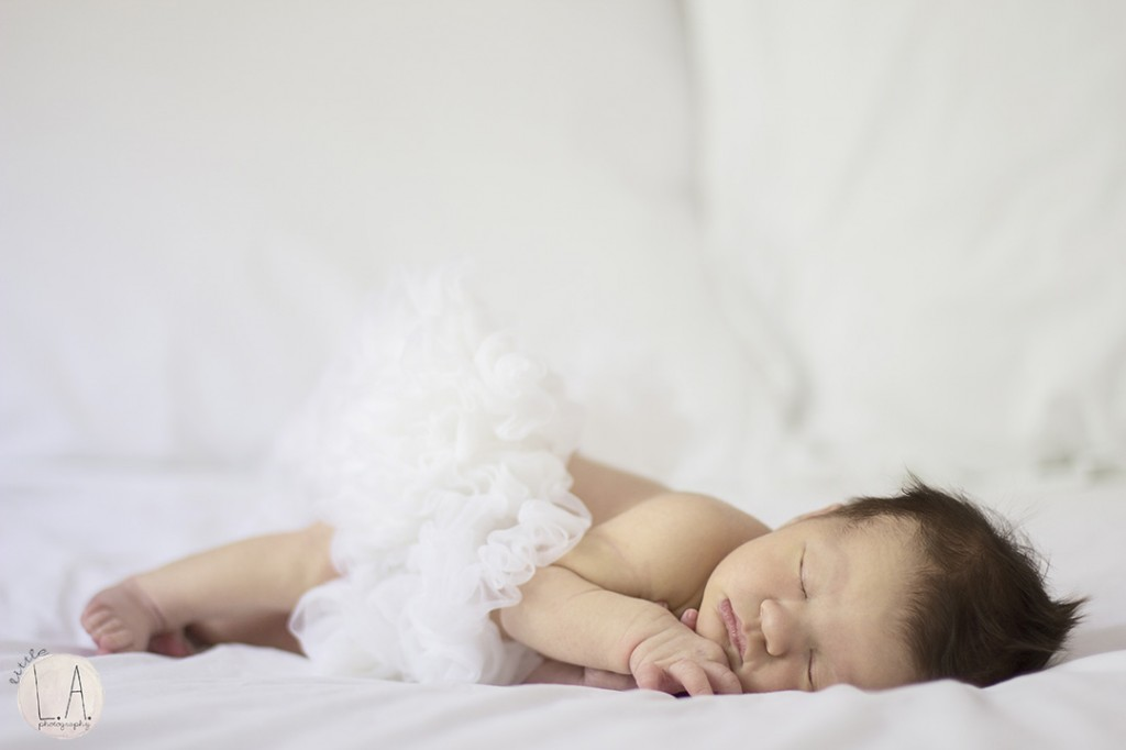 newborn tutu photography
